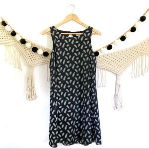 ANTHRO Philosophy Feather Print Boho Shift Dress